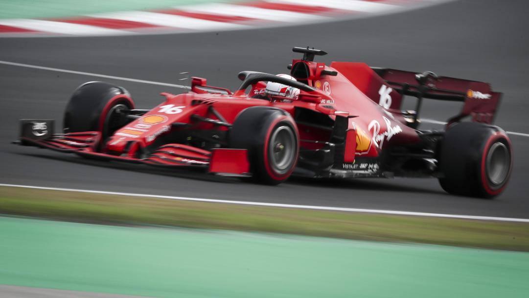 Charles Leclerc in azione con la Ferrari in Turchia. Epa