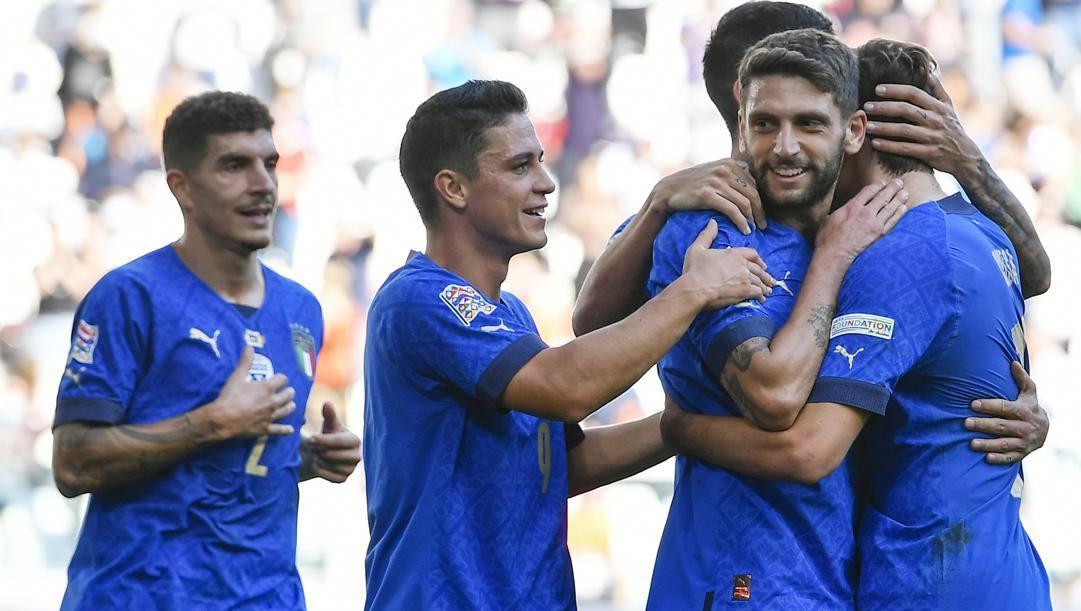 Berardi festeggiato dopo il gol. Lapresse
