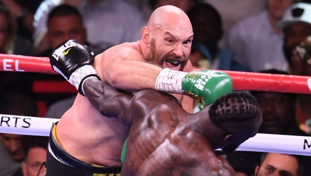 La potenza di Tyson Fury nel match contro Wilder in cui si è confermato campione mondiale dei massimi. Afp
