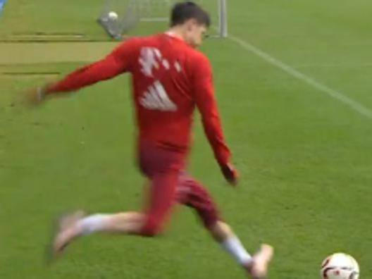 Lewandowski, corner impossibile - Video Gazzetta.it