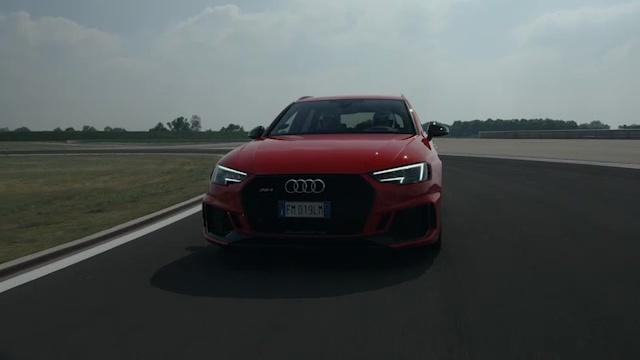 Nel cuore di Audi Sport con Dindo, Kristian e la RS4