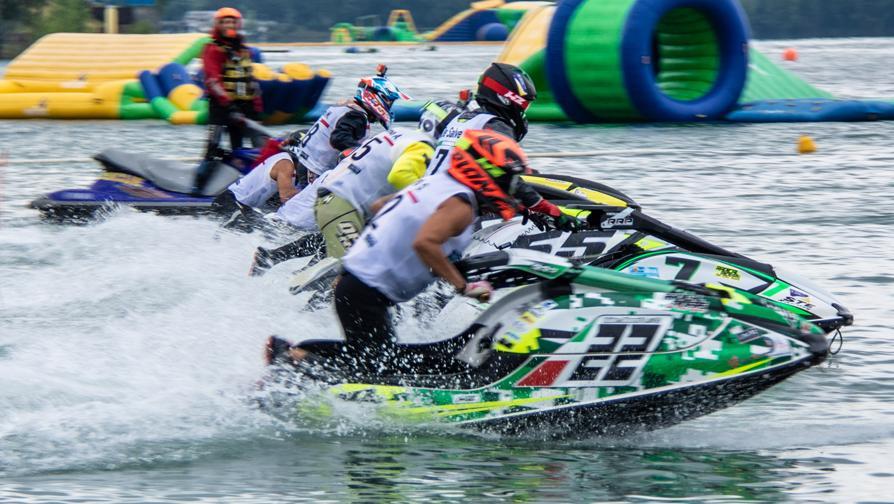 Adrenalina a pelo d'acqua, campionati italiani a Milano