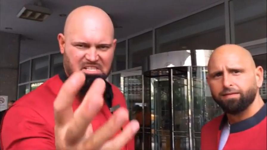 Gallows & Anderson: da wrestler a portieri d'hotel...