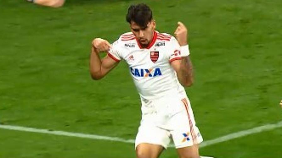 Milan, guarda chi è Paquetà<br>Che magie con il Flamengo