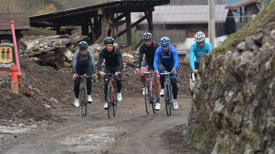 """Cassani: """"La strada più bella che ho mai fatto in bicicletta..."""""""