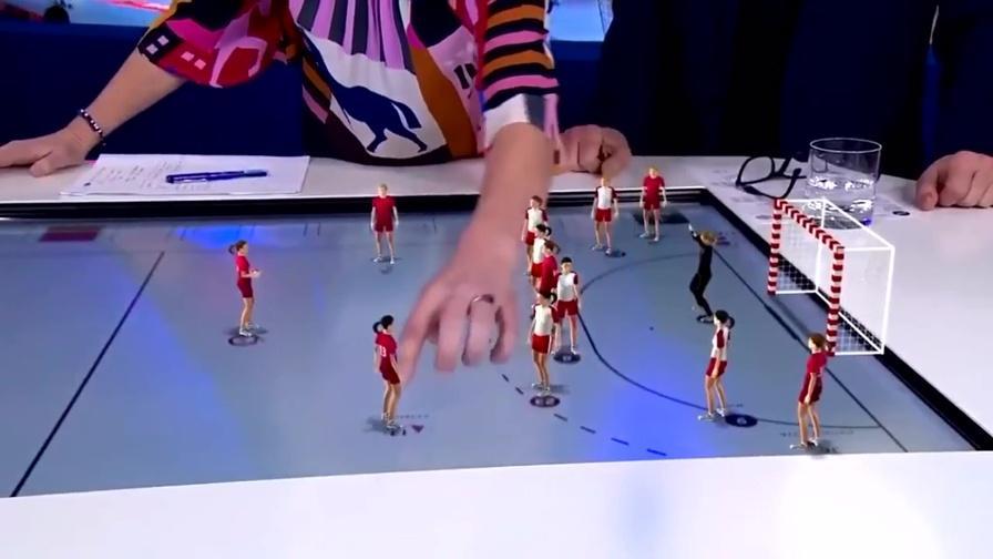 L'analisi tattica in 3D che incanta sulla tv danese