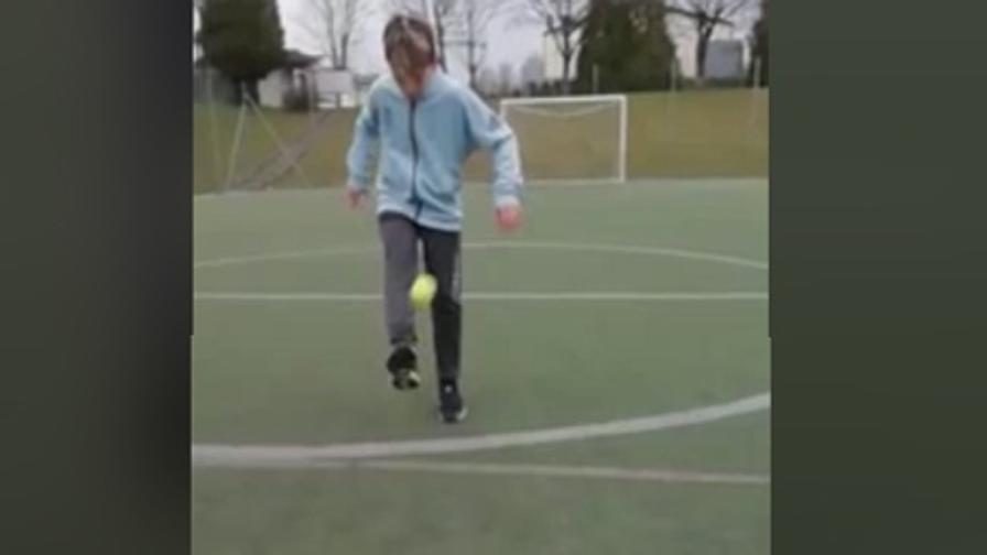 Olghe, 13 anni e batte Messi al palleggio...