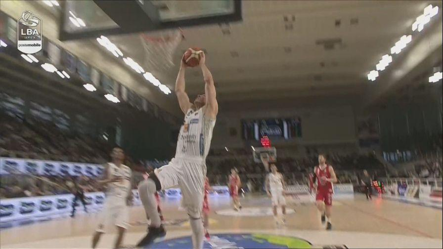 Trento-Pistoia 82-73: highlights