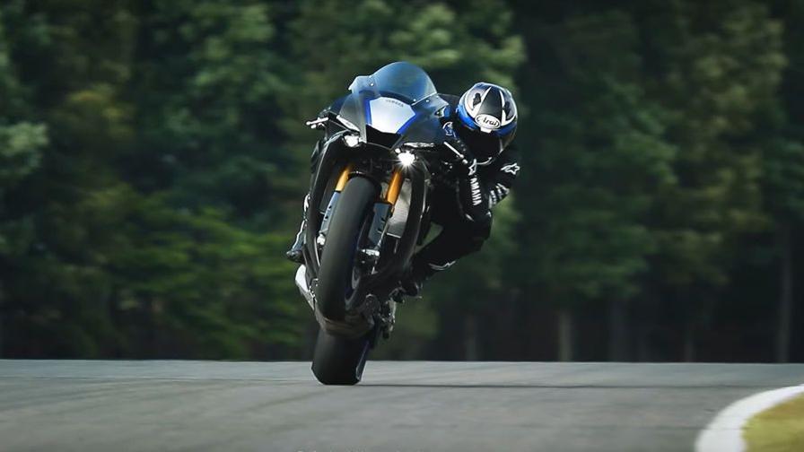 Yamaha Yzf R1 Ed R1m Primo Video Della Versione 2020 Video Gazzetta It