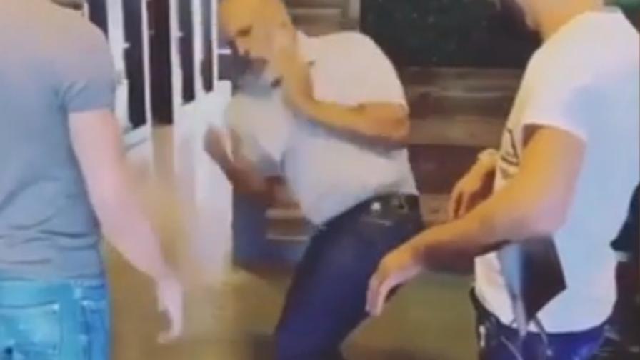 """Boxe, Tyson, 53 anni e non sentirli: l'esibizione di """"Iron Mike"""" fa paura"""