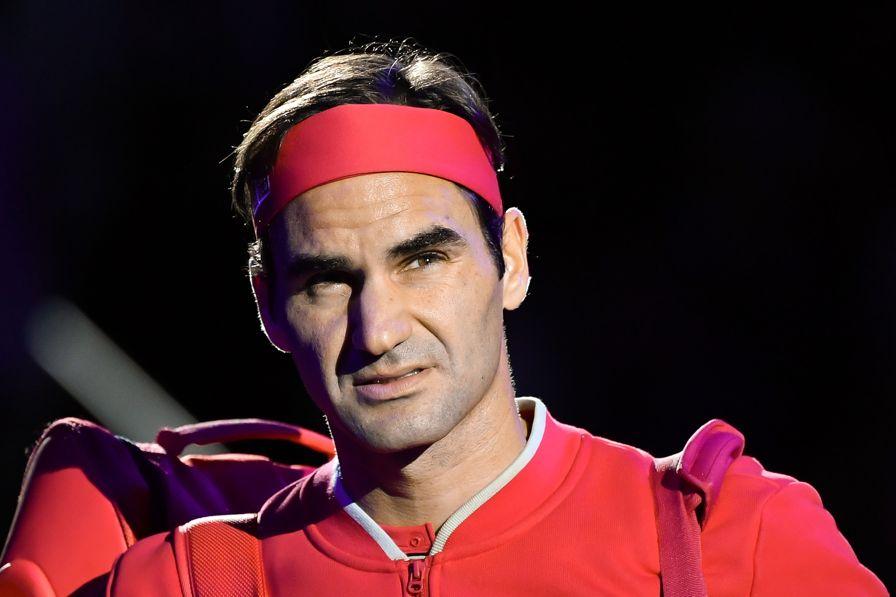 Re Roger compie 39 anni: rivedi la sorpresa alle tenniste dei tetti